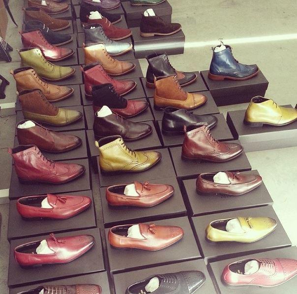 La collection just a men shoe une marque sans interm diaires et au bon rapport qualit prix for Canape bon rapport qualite prix