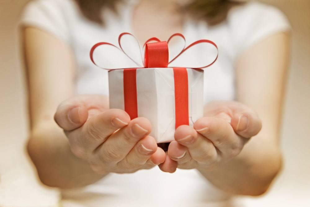 Liste de noel 30 bonnes idees de cadeaux pour femmes et - Cadeaux de noel originaux ...