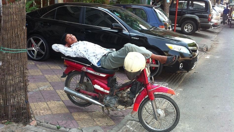 sleeping moto