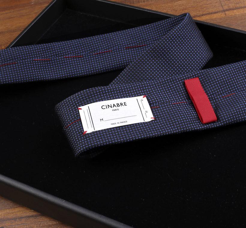 cravate-bleu