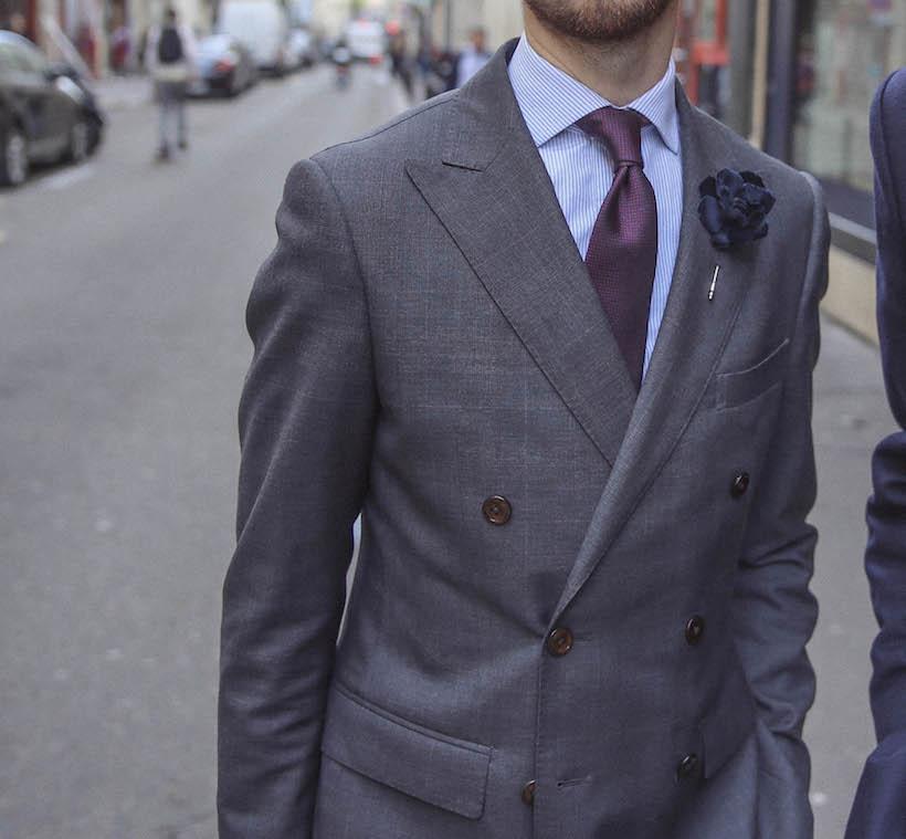 style-cravate-bordeau