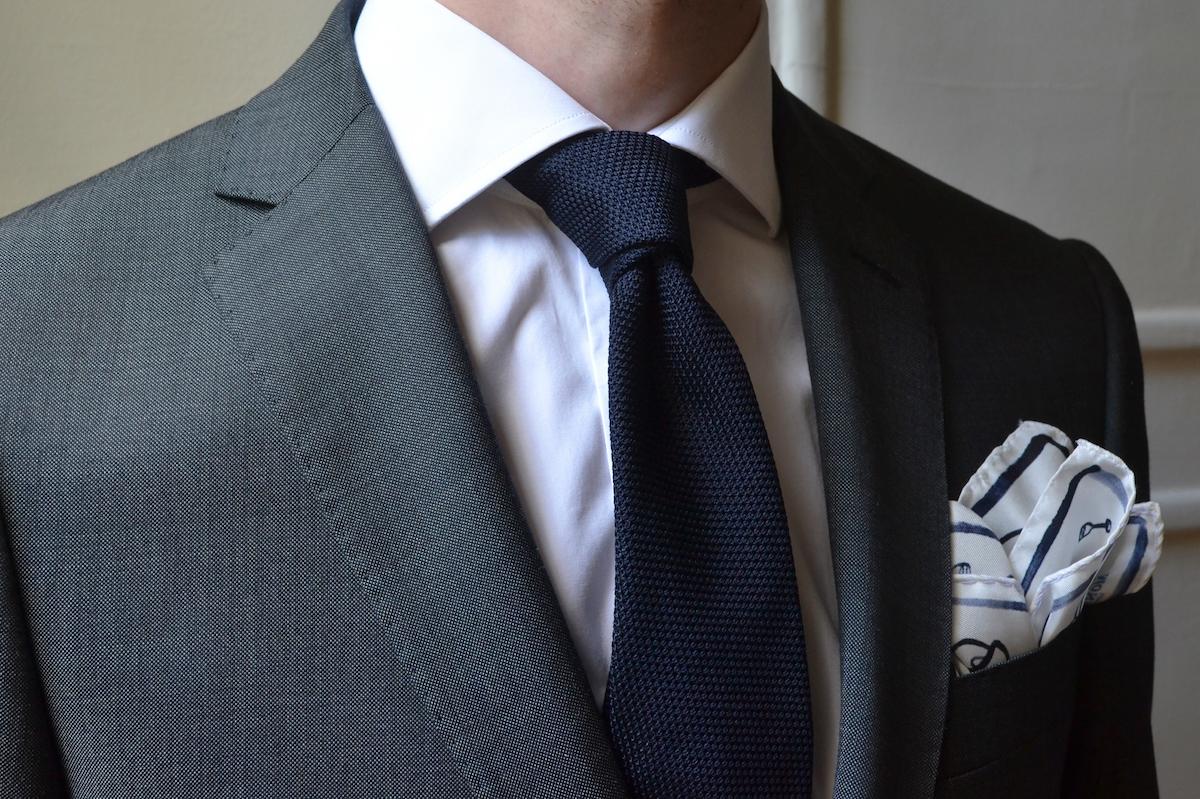 article-lancement-tenue-business-parfaite-costume-2