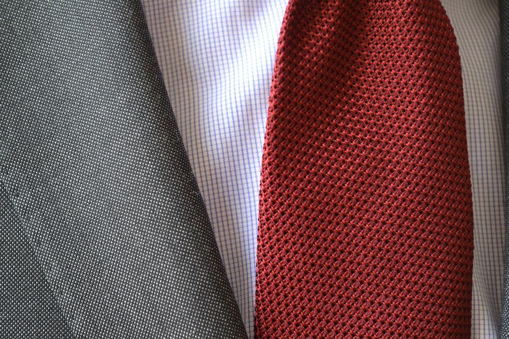 tenue-grenadine-rouge